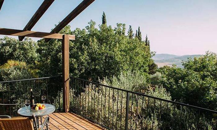 9 חופשה רומנטית בגג הגליל, אמירים