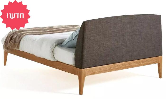 3 מיטה זוגית מעץ מלא עם ראש מיטה מרופד