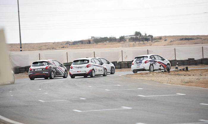 7 חווית נהיגה אתגרית עם פרודרייב PRODRIVE, לטרון