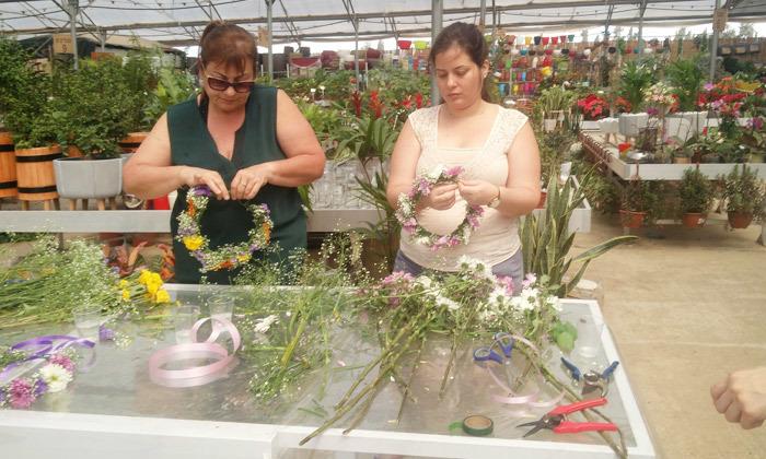 3 סדנת שזירת זרי פרחים לראש, רעננה