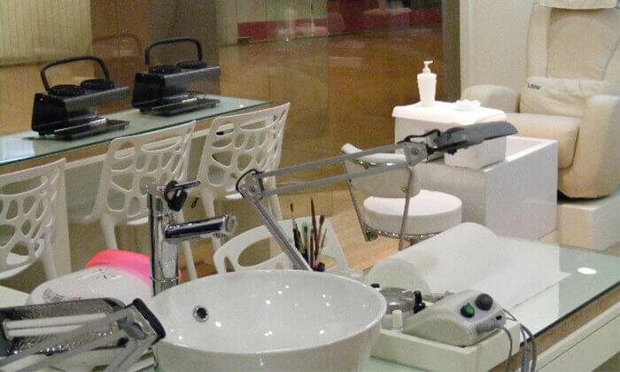 3 טיפולי פנים ב-Pure White Cosmetic, דיזנגוף סנטר
