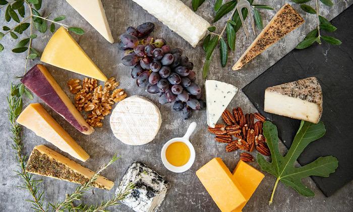 5 מארז גבינות בוטיק כשרות למהדרין ממחלבת גל, כפר טרומן