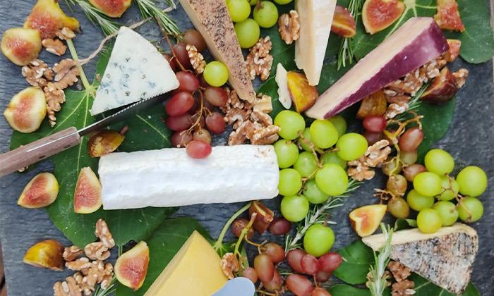 7 מארז גבינות בוטיק כשרות למהדרין ממחלבת גל, כפר טרומן