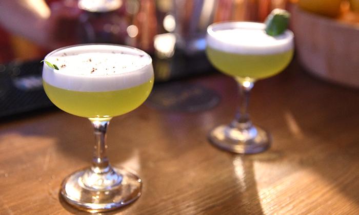 10 סדנת קוקטיילים LIVE בהנחית המומחים של Mixta Cocktails