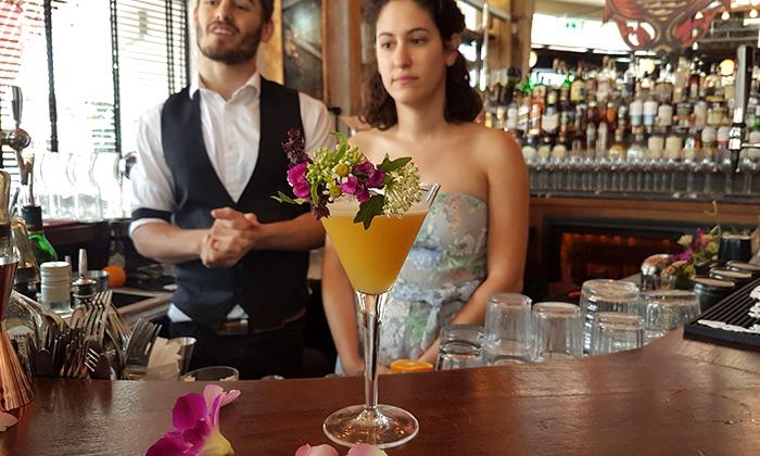 13 סדנת קוקטיילים LIVE בהנחית המומחים של Mixta Cocktails