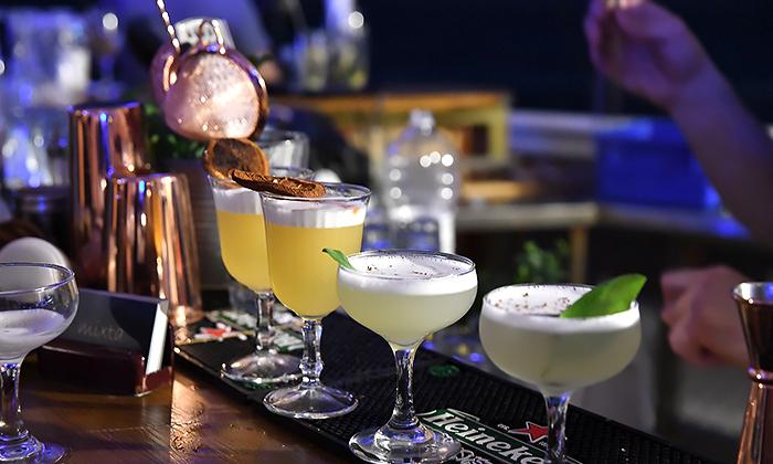 14 סדנת קוקטיילים LIVE בהנחית המומחים של Mixta Cocktails