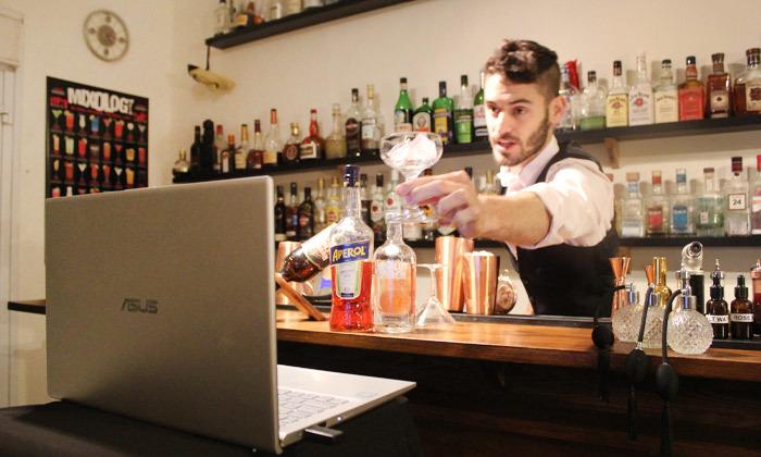5 סדנת קוקטיילים LIVE בהנחית המומחים של Mixta Cocktails