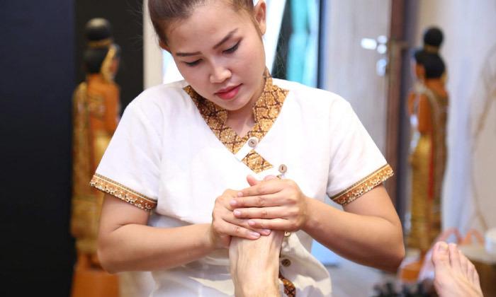 2 פוט מסאז' ועיסוי תאילנדי בספא צ'אנג מאי, בוגרשוב תל אביב