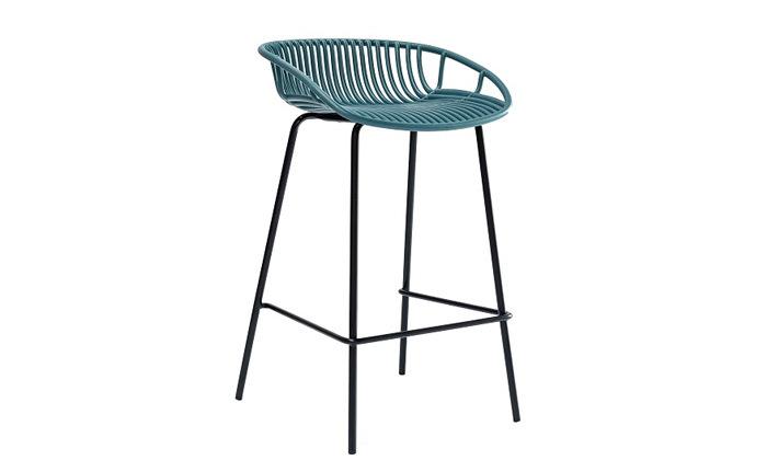 9 כיסא בר מפלסטיק בעל משענת נמוכה