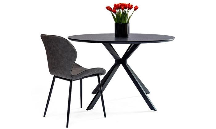 2 שולחן עץ עגול לשישה סועדים