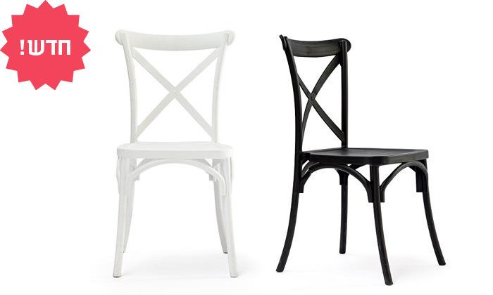 2 כיסא מפלסטיק לפינת אוכל