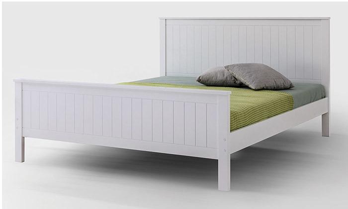 9 שמרת הזורע: מיטה עם בסיס עץ מלא