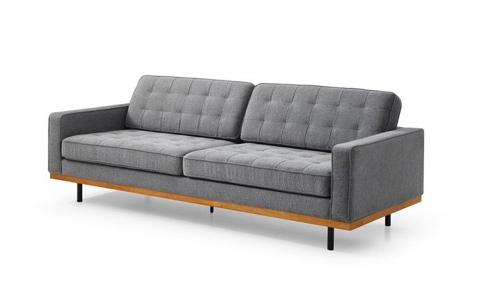3 ספה תלת מושבית אפורה