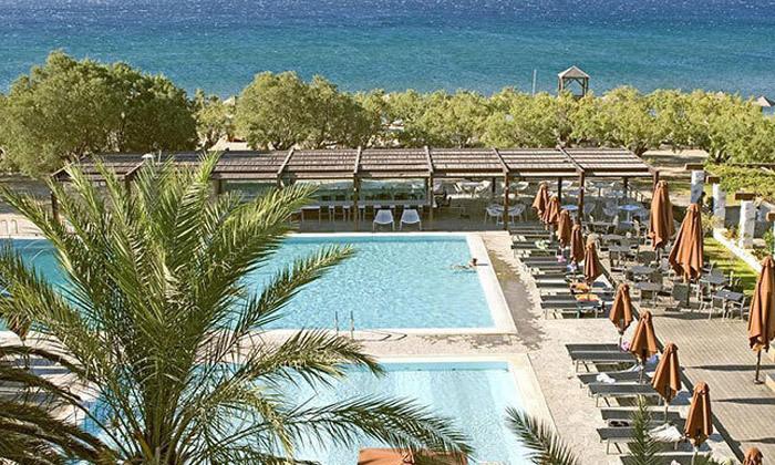 8 חופשת 4/5 לילות בסאמוס, יוון: מלון 5 כוכבים עם חוף פרטי