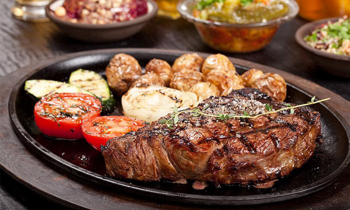 3 ארוחת בשרים זוגית עם יין וקינוח במסעדת פאפאגאיו, הרצליה