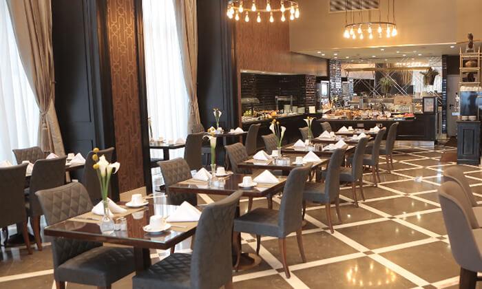 9 ארוחת בוקר מפנקת במלון הבוטיק David Tower נתניה