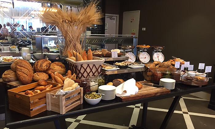 5 ארוחת בוקר מפנקת במלון הבוטיק David Tower נתניה