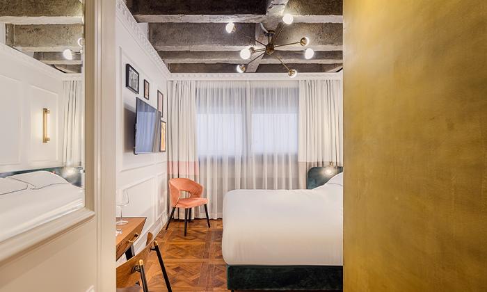 6 בואו להתפנק: לילה ועיסוי זוגי במלון הבוטיק BoBo, תל אביב
