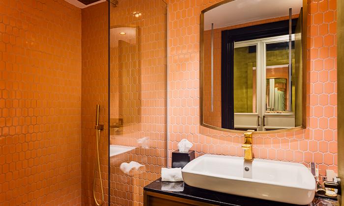 7 בואו להתפנק: לילה ועיסוי זוגי במלון הבוטיק BoBo, תל אביב