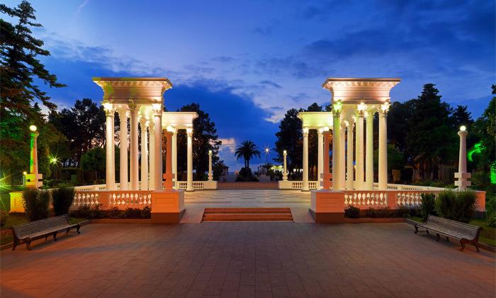 5 3/4 לילות בבטומי: מלון 5 כוכבים מול הים