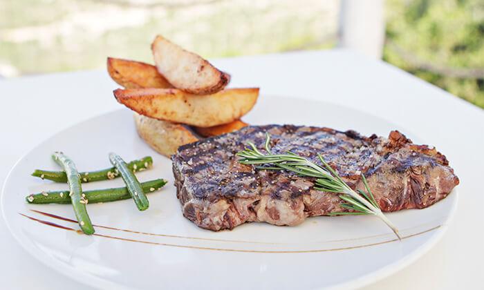 3 מסעדת פיצ'ונקה הכשרה בנס הרים - ארוחה זוגית