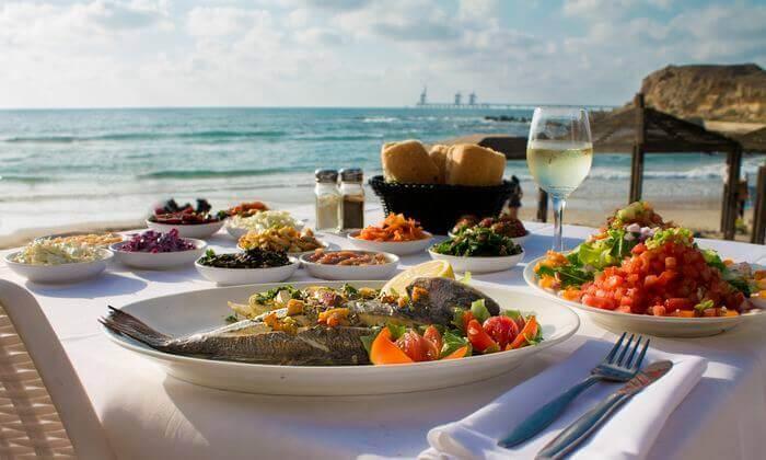 3 ארוחה זוגית עם קינוח במסעדת בני הדייג, ראשון לציון