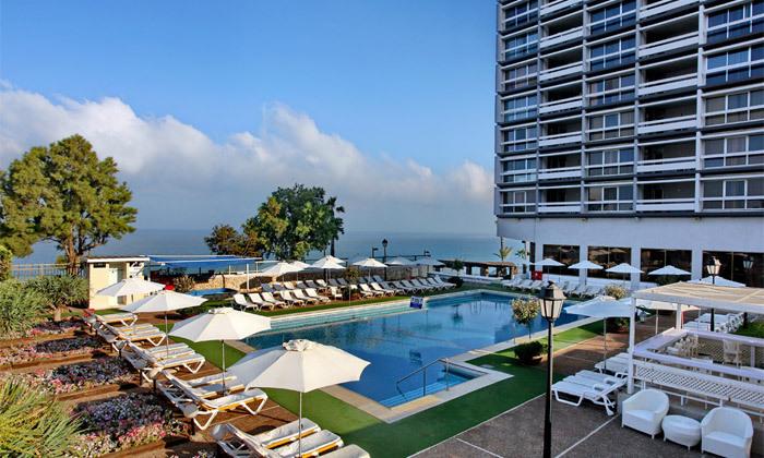 5 חופשה בספטמבר-אוקטובר מול הים במלון העונות, נתניה